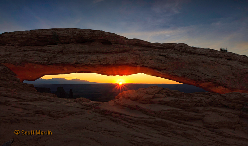 mesa-arch-sunrise-web2